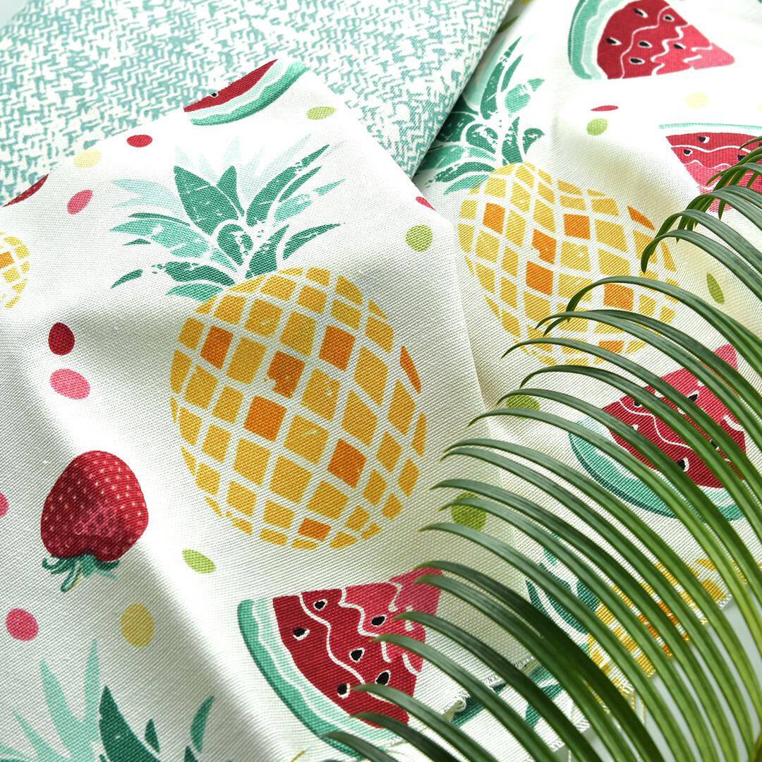 Ткань с ананасами